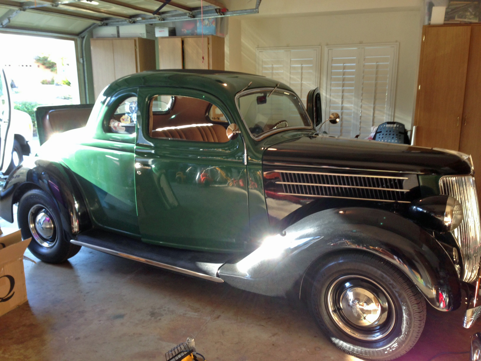 39 Ford Coupe-all new glass and window lifts